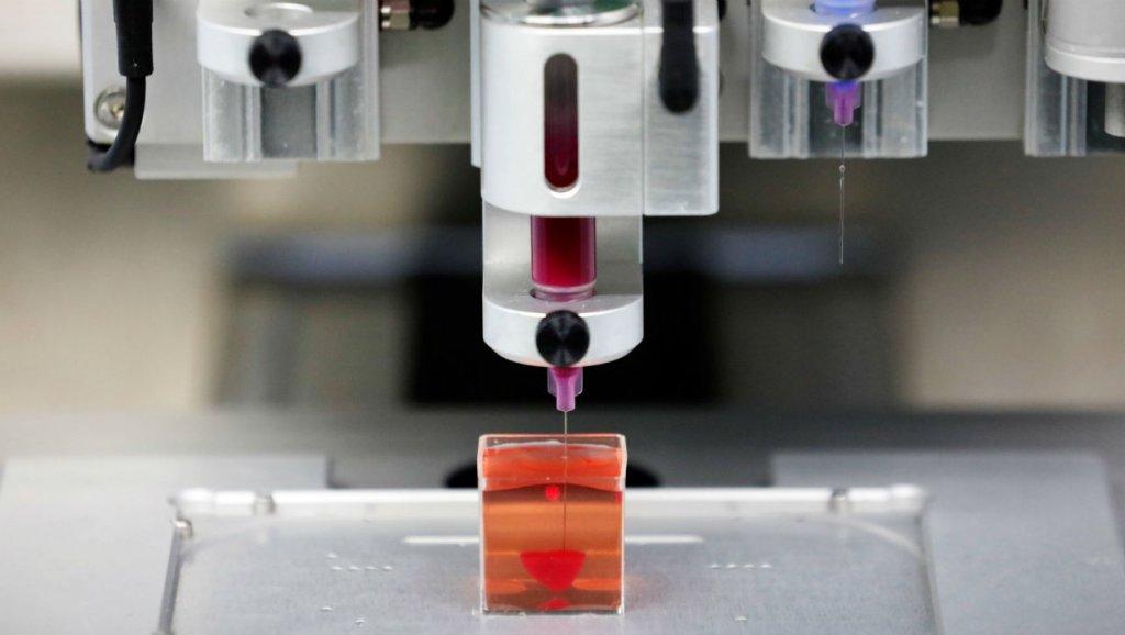 Israelíes crean el primer corazón funcional con una impresora 3D