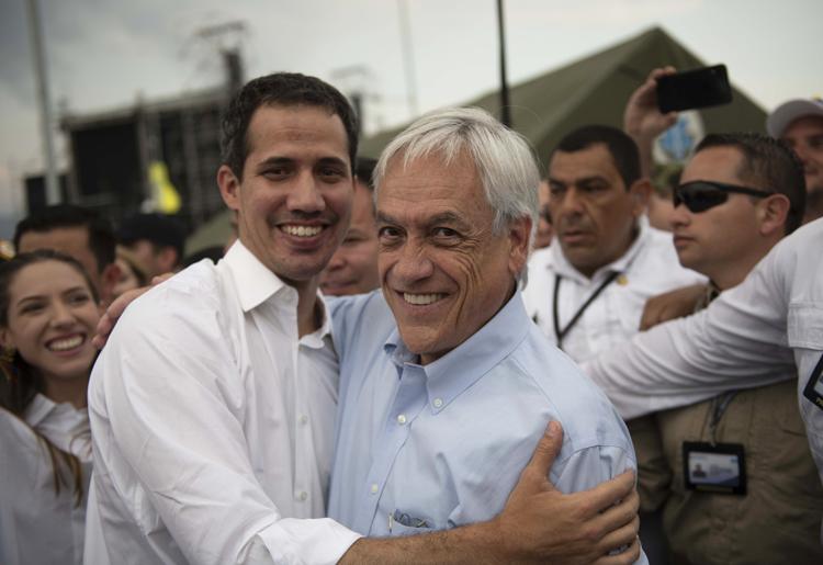 Notable abandono de deberes: Presentan recurso contra Piñera por nefasto manejo de crisis migratoria