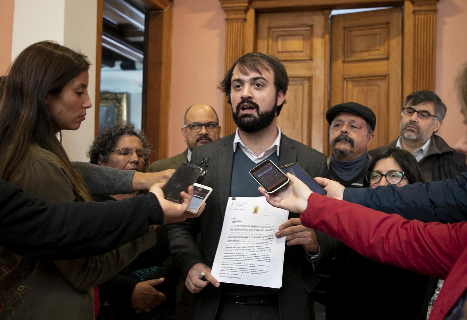 Jorge Sharp por irregularidades en contrato con empresa de parquímetros: Se operó para defraudar a Valparaíso