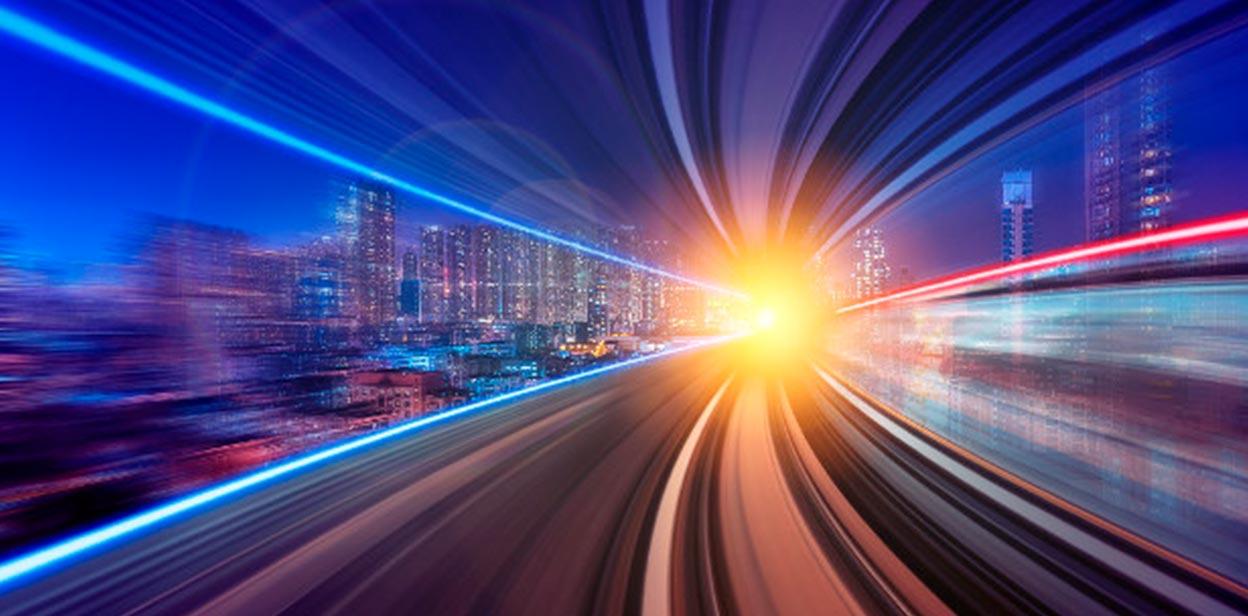 Científicos logran controlar y revertir la velocidad de la luz