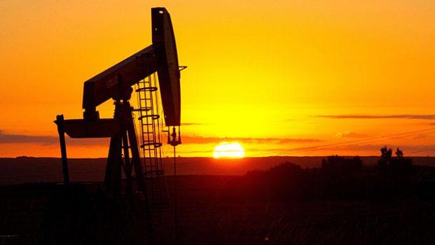 Precios del petróleo alcanzan su máxima cotización en el año