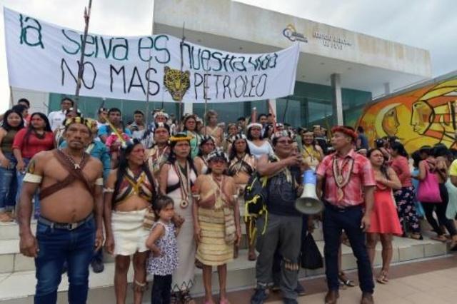 (Video) Indígenas de Ecuador marchan por tierras libres de petroleras