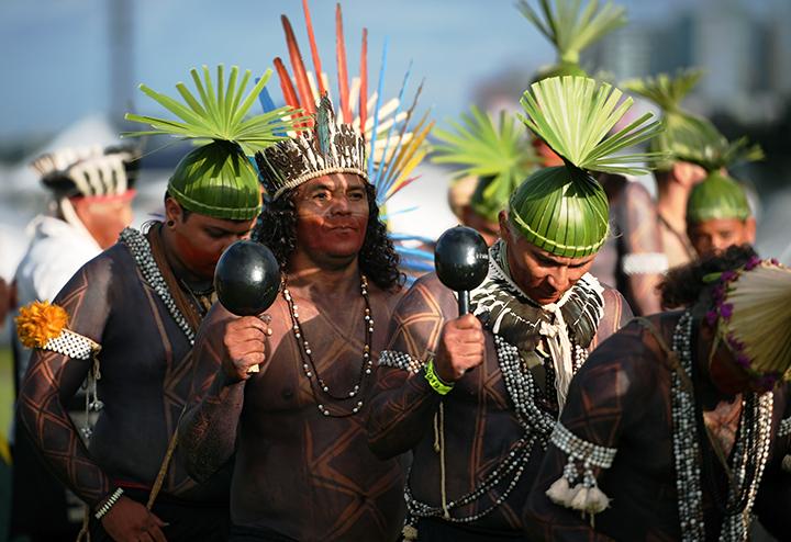 (Video) Indígenas en Brasil denuncian expansión de la minería y agricultura en tierras de aborígenes