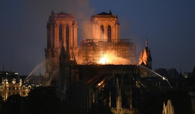 ¿El incendio de Notre Dame valida una profecía de Nostradamus?