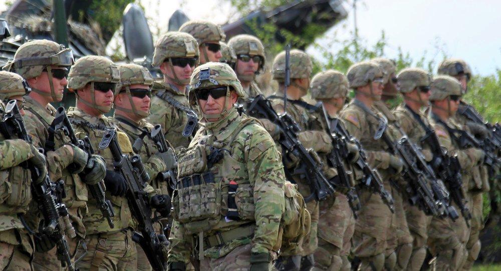 En respuesta al ataque contra una base que alberga a sus tropas: EE.UU. bombardea las posiciones de milicias respaldadas por Irán