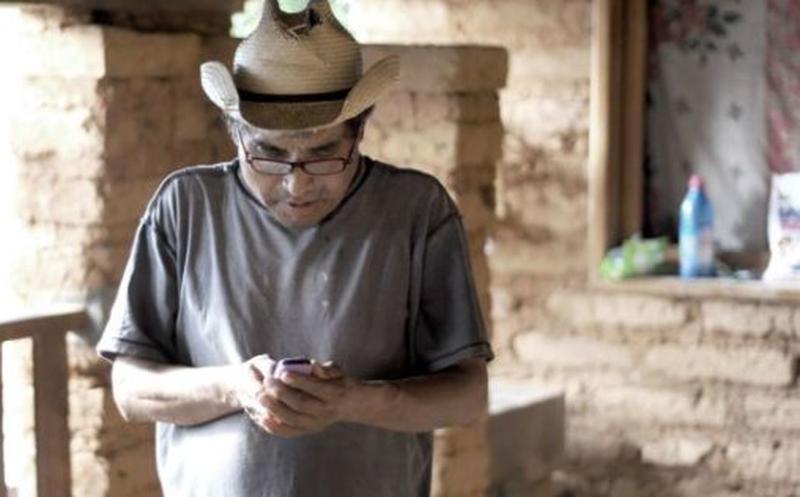 Pueblo indígena de México recibe red telefónica y de internet