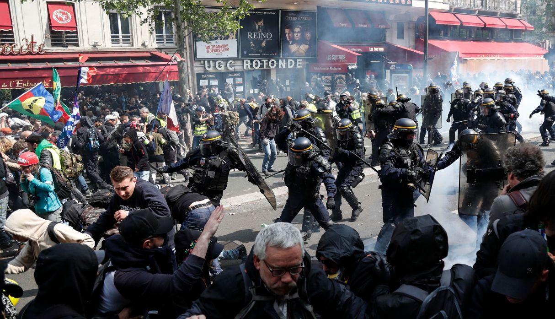 En Francia detienen a 165 personas durante marcha por el Día del Trabajador