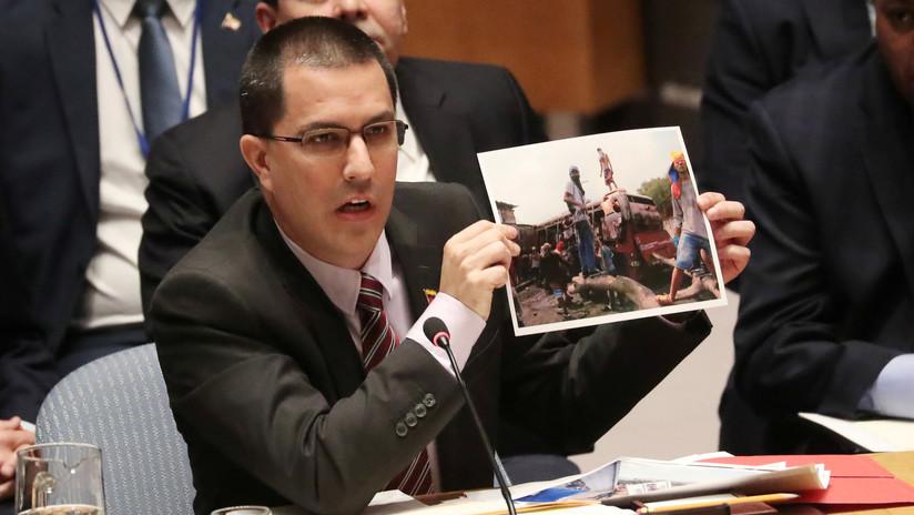 """Canciller venezolano rechaza """"falso positivo"""" de Duque al acusar a su país de apoyar el ELN"""