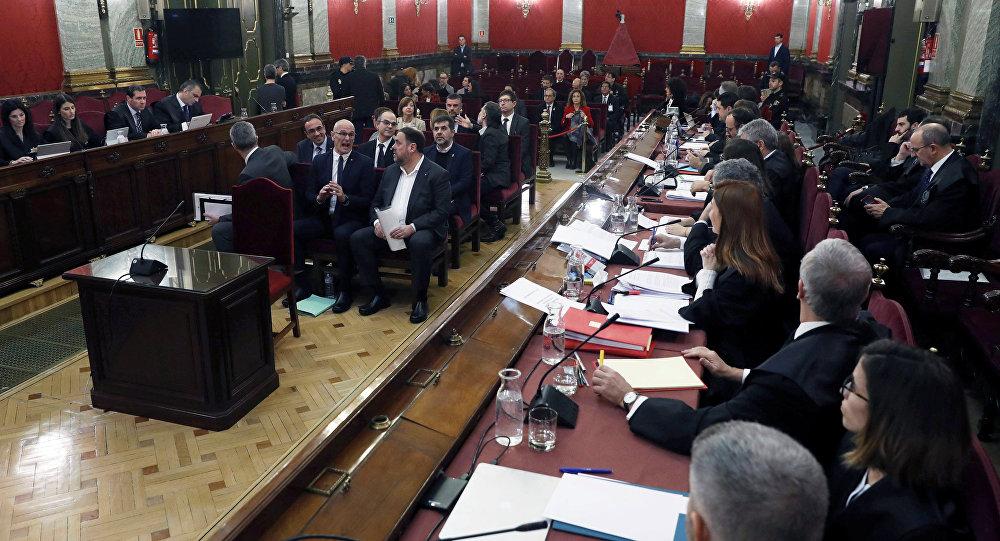 Se prevé que el Tribunal Supremo de España emita el lunes la sentencia contra los líderes catalanes