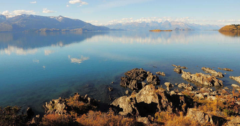 Preocupación en la Patagonia por perforaciones mineras en el entorno del lago General Carrera
