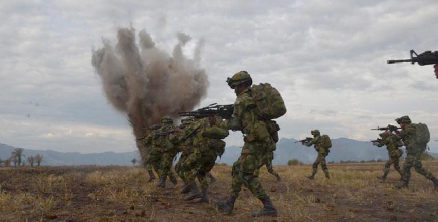Ejército de Colombia recibe órdenes de matar que ponen riesgo a los civiles