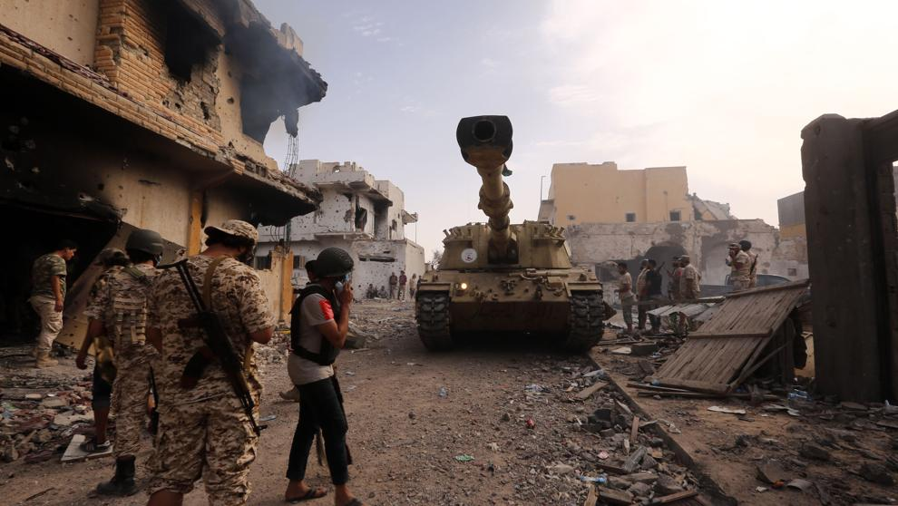 Después de 9 años de conflicto Gobiernos rivales de Libia anuncian un alto al fuego