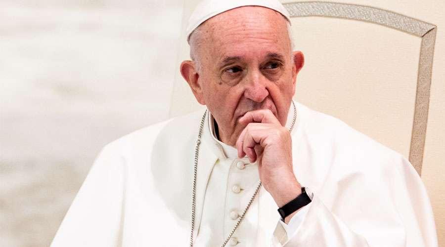 Papa acepta renuncia de obispo acusado de encubrir casos de pederastia