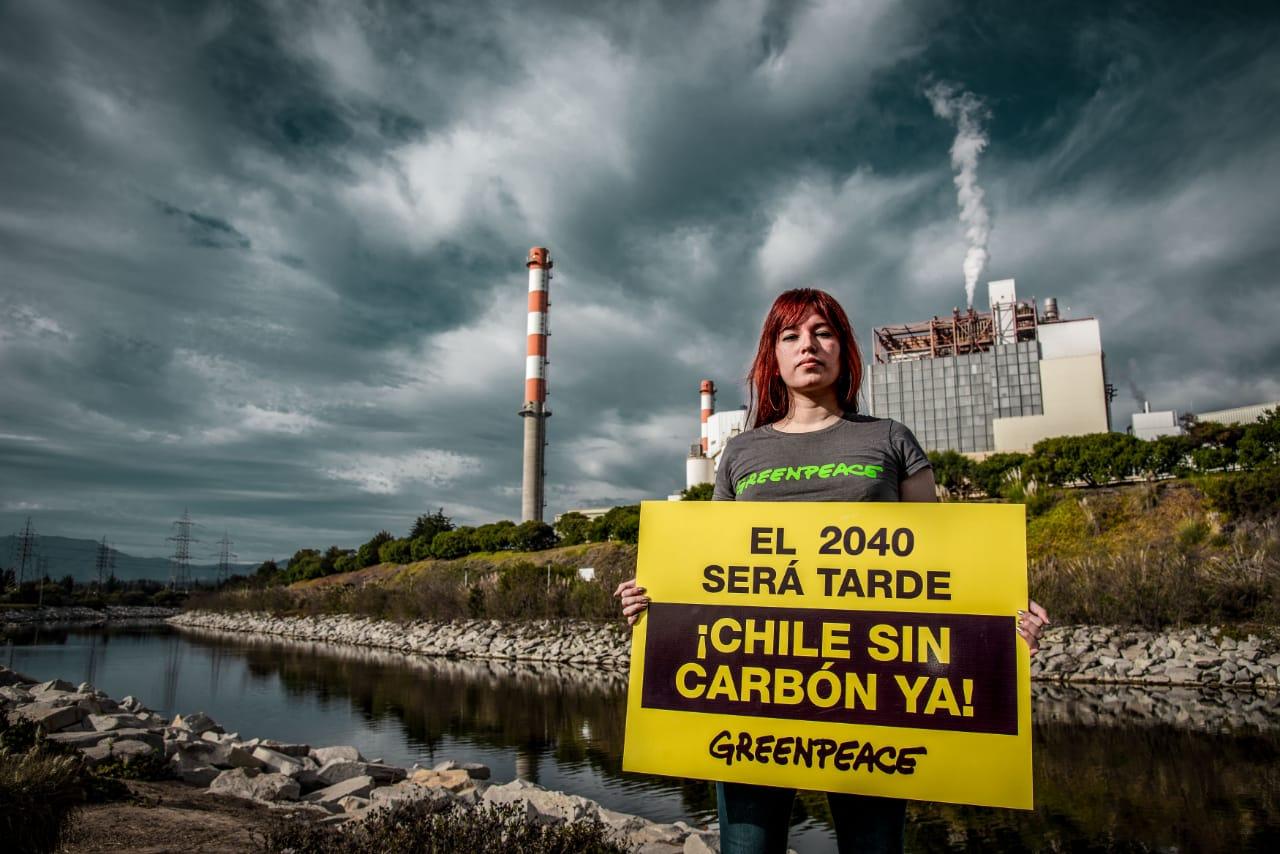 «Se ha oficializado una condena al carbón por 20 años más»: Greenpeace y plan de descarbonización de Piñera