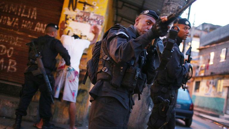 Más del 70 % de los brasileños está en contra de la liberación del porte de armas