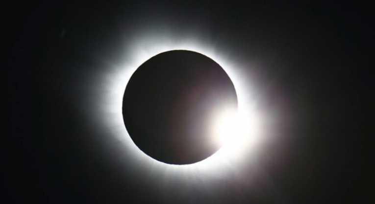 Liberan la primera filmación de un eclipse solar que data del 1900