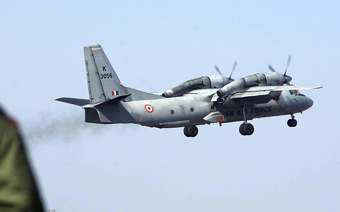 Desaparece un avión de transporte militar de la India