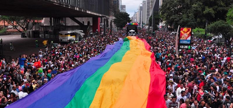 (Fotos y video) Gigantesca marcha del Orgullo LGBT llenó  las calles de Sao Paulo