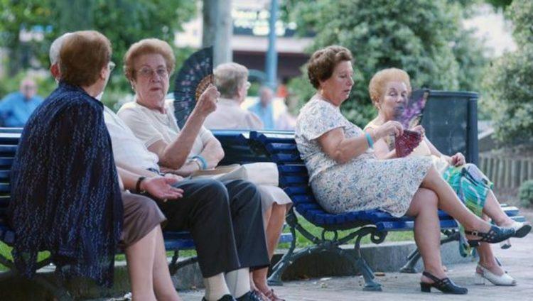 ola calor ancianos