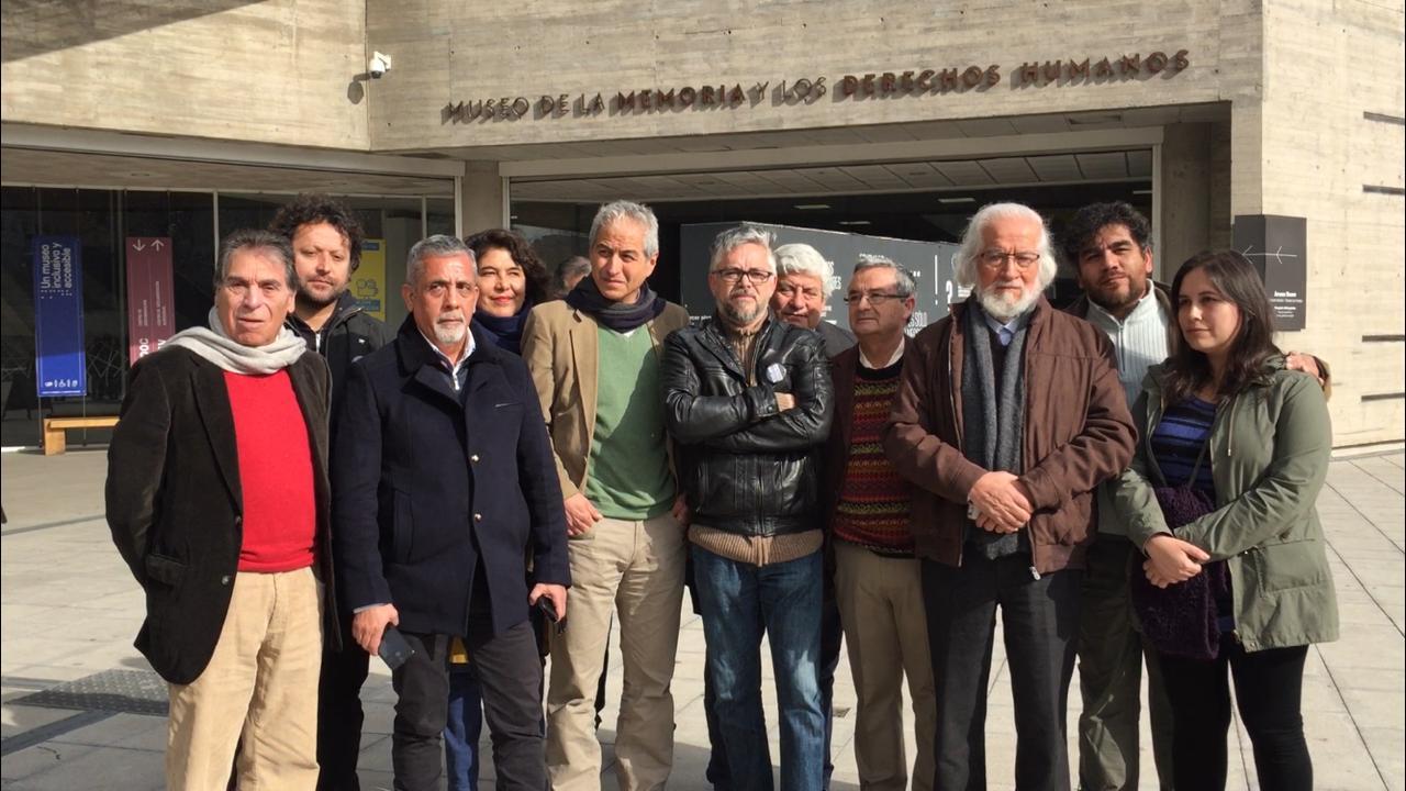 Gabriel Salazar, Jorge Baradit y Daniel Alcaíno rechazan en conjunto exclusión de Historia de 3° y 4° medio