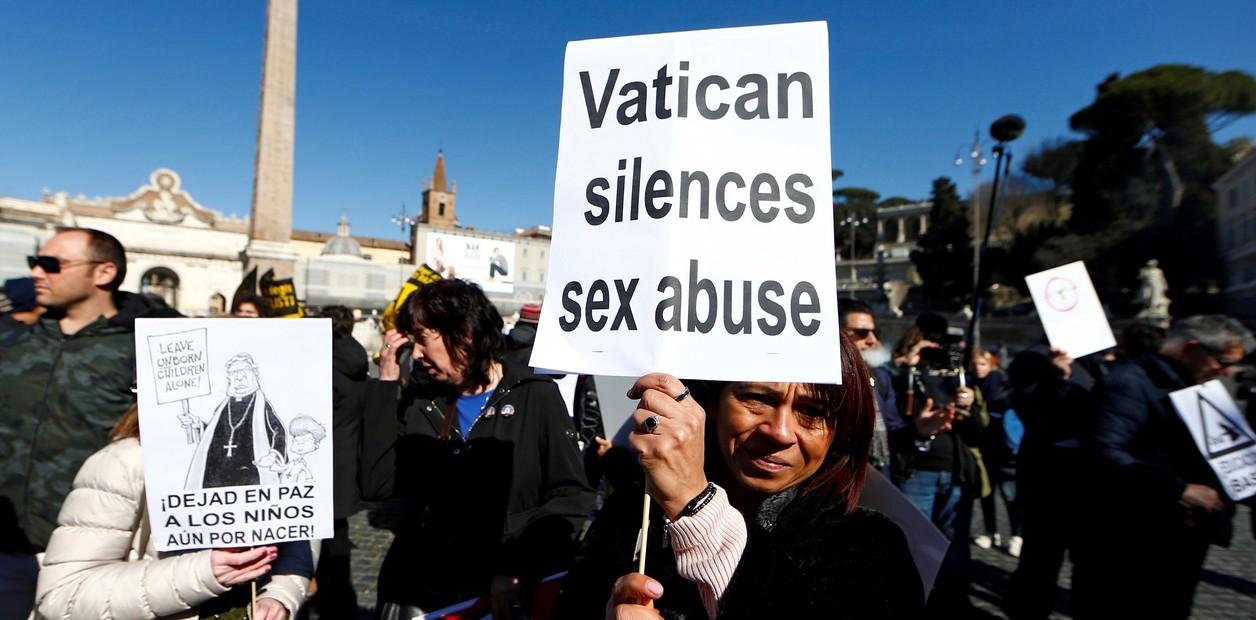 Iglesia francesa abre el diálogo de reconocimiento a hijos de sacerdotes y religiosas