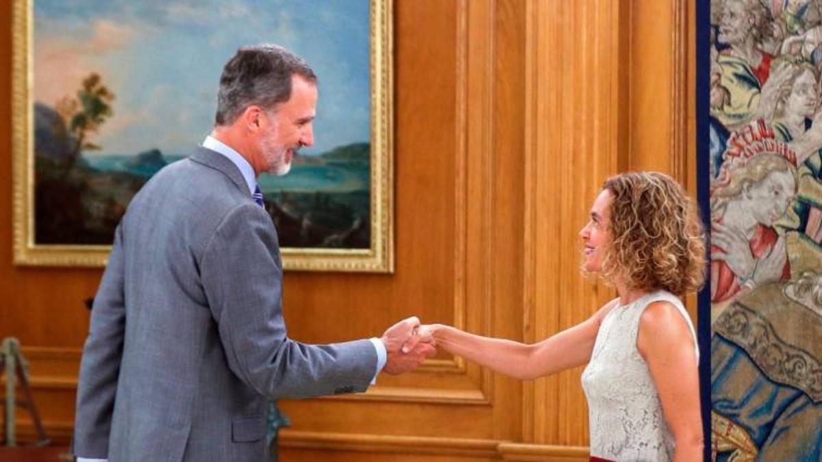 El rey de España no hará consulta con los partidos hasta que haya un acuerdo