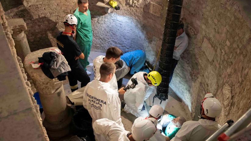 (+Fotos) Terror en el Vaticano: Encuentran miles de huesos en una cripta
