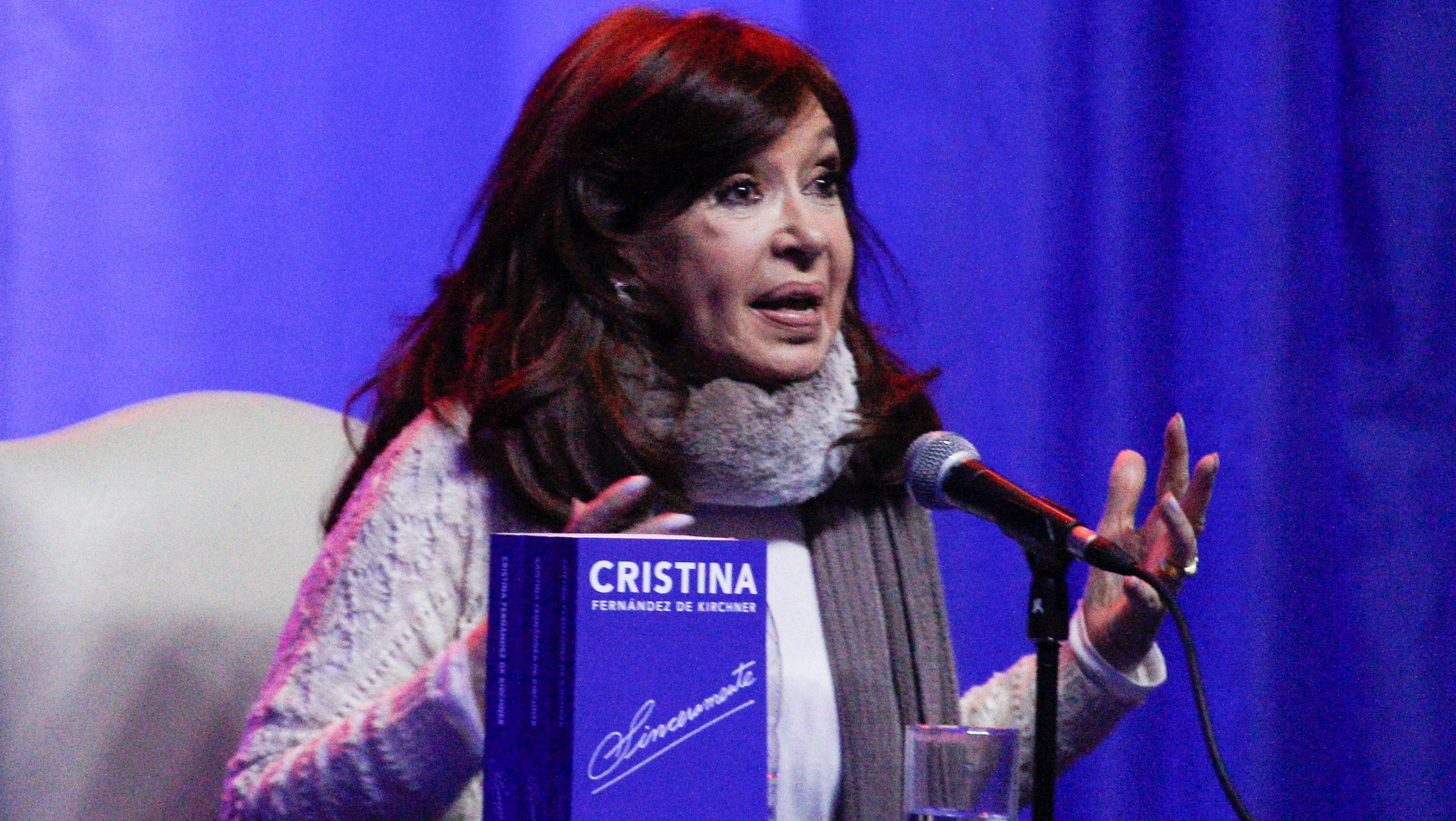 Cristina Fernández denunció  campaña sucia y violenta del gobierno de Macri