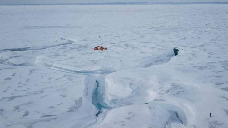 Descubren nuevos lagos bajo el hielo de Groenlandia