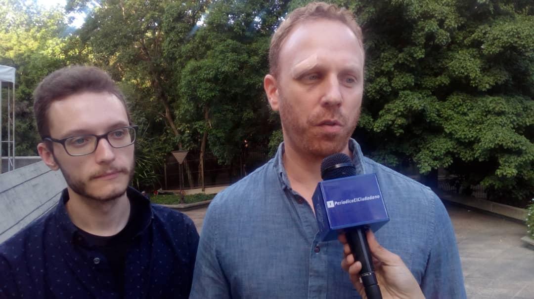 Max Blumenthal: En EE. UU. el periodismo independiente sufre la represión del Gobierno