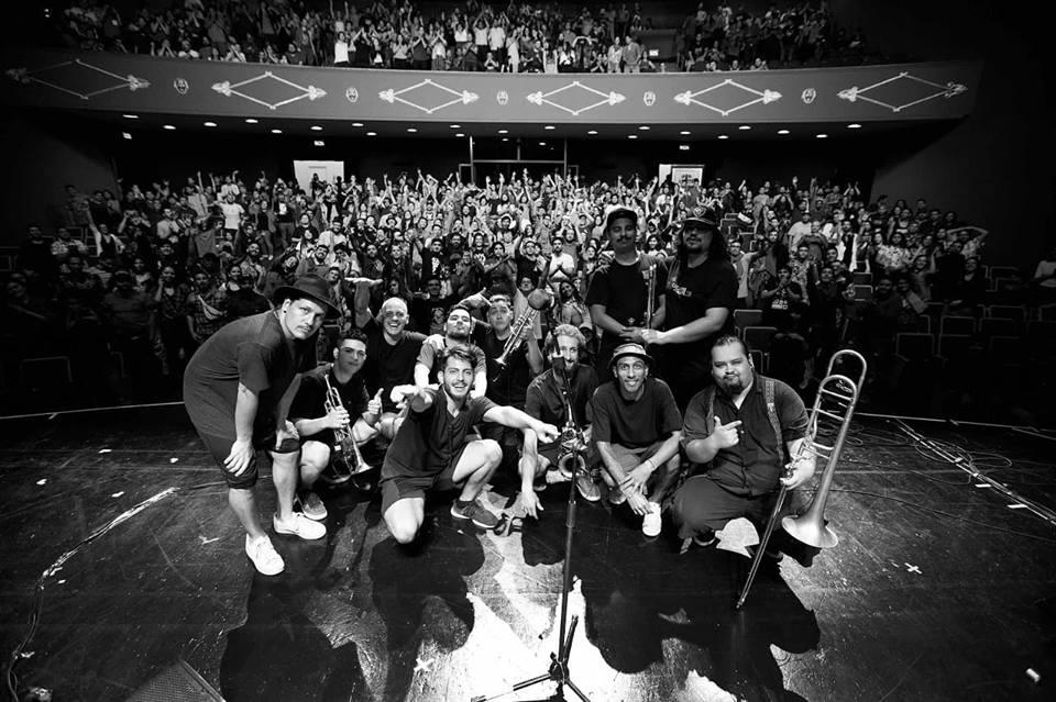 """La Brígida Orquesta """"Mejor Artista Revelación"""" de los Pulsar 2019 se prepara para su primera gira europea"""