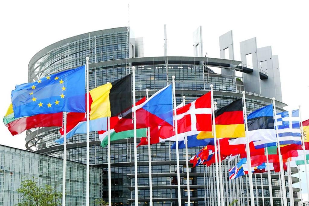 El Parlamento Europeo ratifica el acuerdo comercial con el Reino Unido