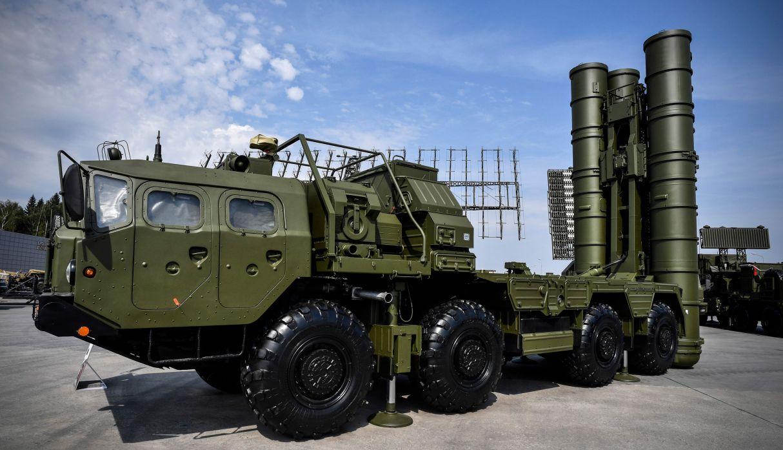 Aumenta la tensión  entre Ankara y Washington: Rusia entrega otro lote de componentes de los sistemas S-400 a Turquía