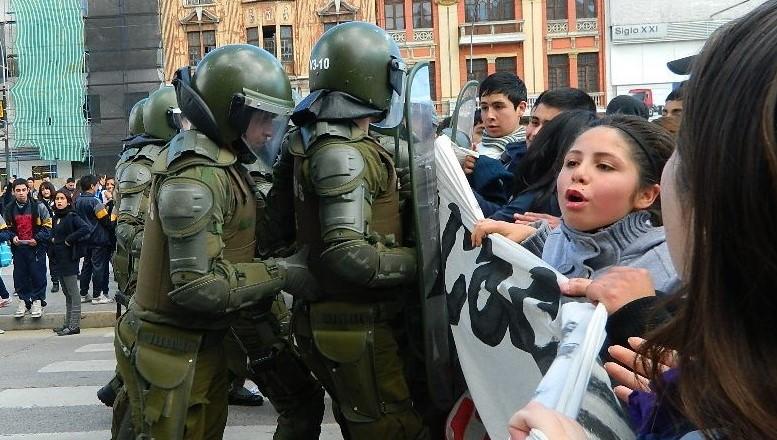 ¡Revista El Ciudadano en las calles!: Entrevista a ex Presidente Rafael Correa y especial sobre violencia policial en Chile
