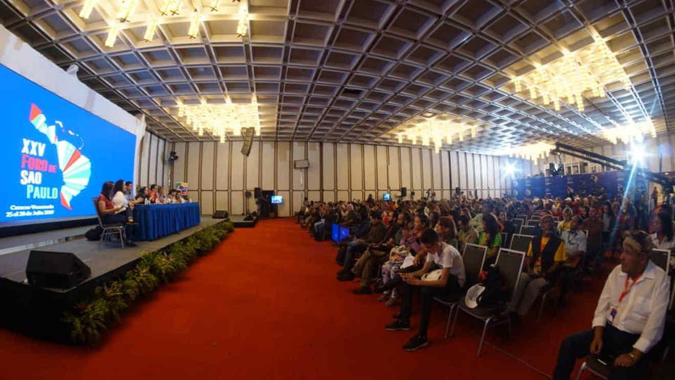 La unidad es el único camino para enfrentar al imperio, a juicio de líder peruano