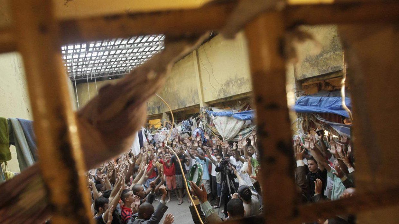 Más de 50 muertos tras motín en cárcel de Brasil