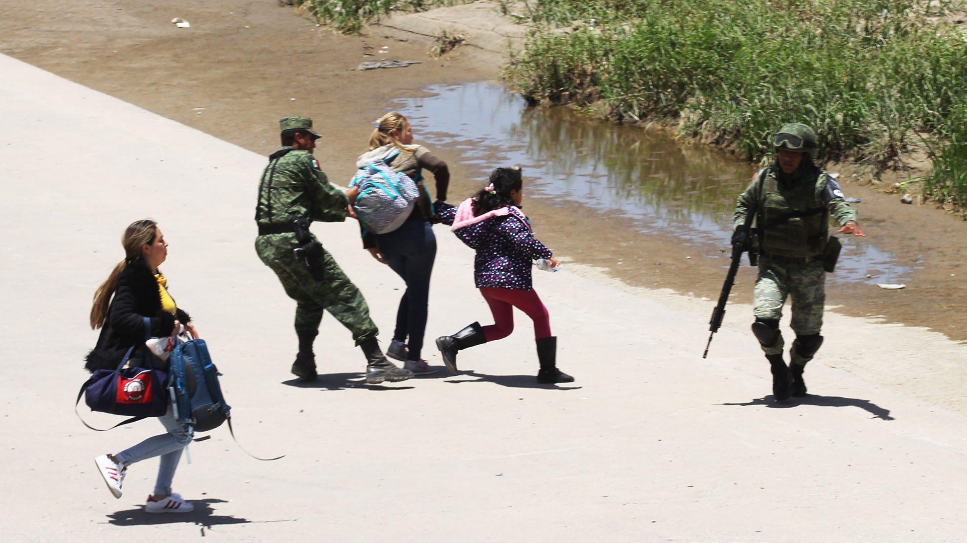 México rompe récord de deportados al superar cifra de 2006