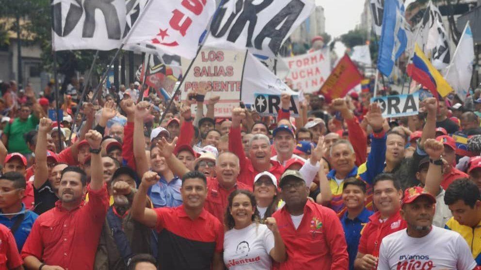 Venezolanos marcharon este sábado en Caracas para acompañar el XXV Foro de Sao Paulo