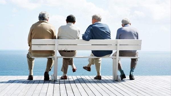 Más de 4 millones de adultos mayores necesitarán asistencia para poder desenvolverse en Francia