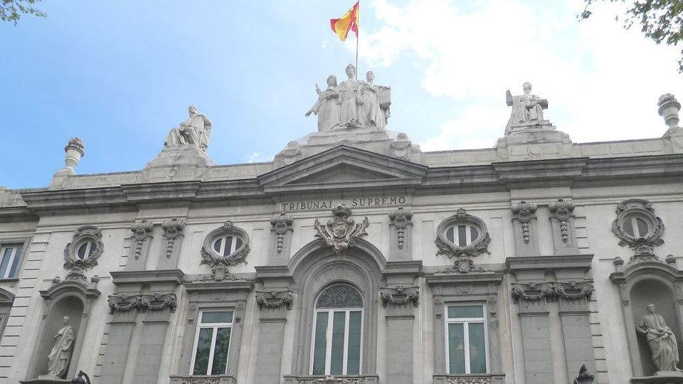 Constitucional español estudiará un recurso planteado por la ultraderecha contra el estado de alarma