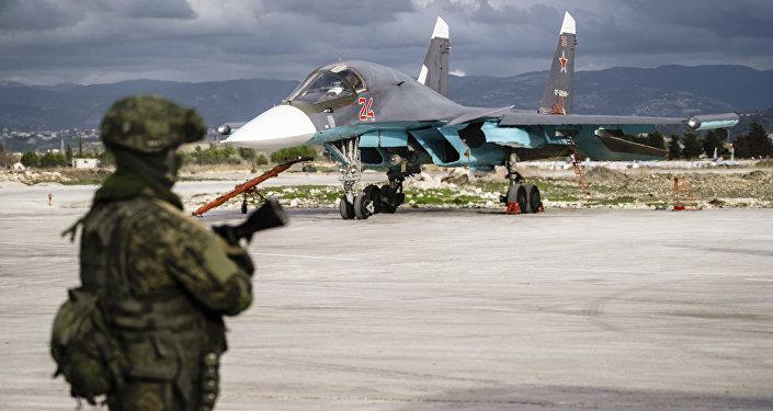 Ataque de terroristas contra base rusa en Siria deja al menos dos civiles muertos