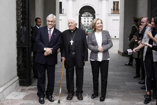 Tío cura del Presidente Piñera será investigado tras acusación de abuso sexual contra menor de edad