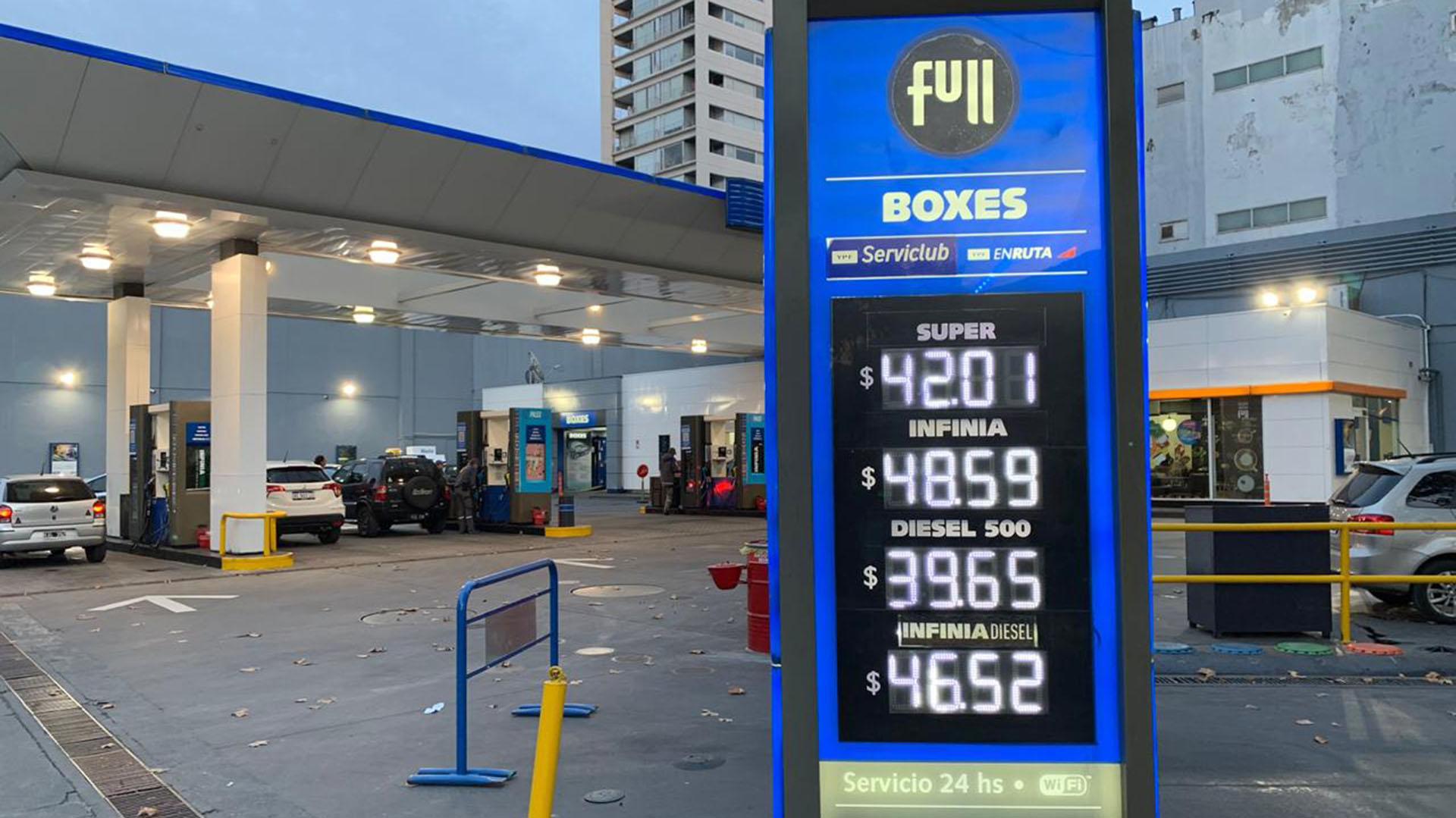 Argentina: «Los combustibles no podrán aumentar por 90 días»