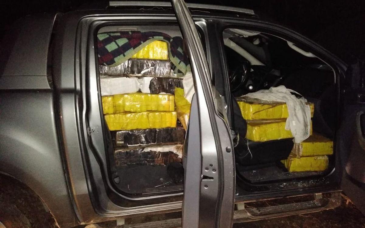 """A lo """"Breaking Bad"""": Dos toneladas de marihuana fueron incautadas en un criadero de pollos de Buenos Aires"""