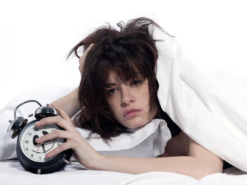 Malos hábitos de sueño de niños y jóvenes frenan su crecimiento
