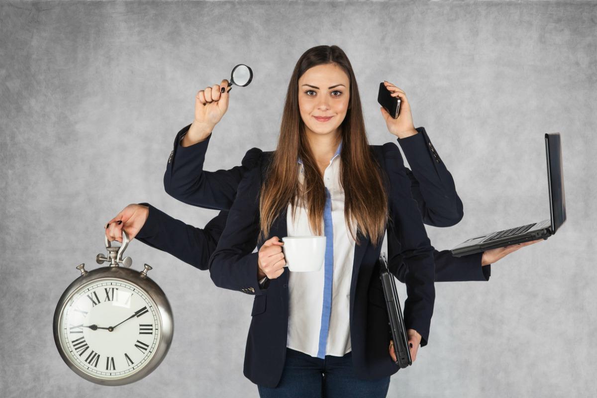 Estudio confirma que las mujeres no son mejores en la multitarea que los hombres