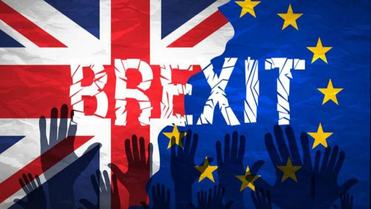 Parlamento británico rechaza tramitar ley del brexit en tres días
