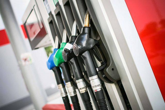 Pymes piden que el Gobierno «reaccione» frente a las 33 semanas consecutivas de alza en el precio de los combustibles