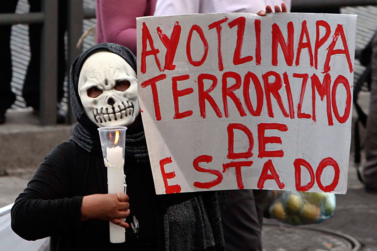 Mexicanos se unen en jornada de ciberactivismo para exigir justicia por el caso Ayotzinapa