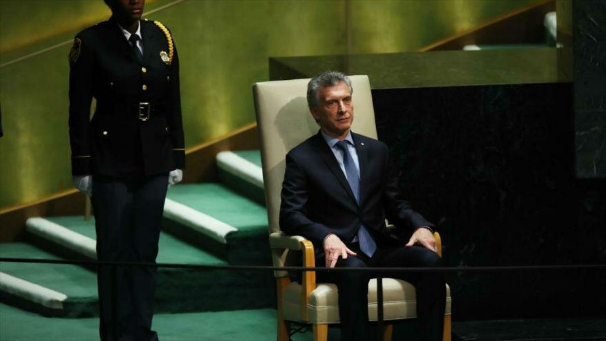 """Macri enfrenta una denuncia judicial por """"traición a la patria"""""""